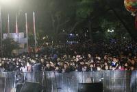 Người dân Thủ đô và du khách hân hoan chào đón năm mới 2019