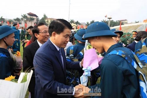 Hà Nội: Tân binh rạng rỡ trong ngày hội quân
