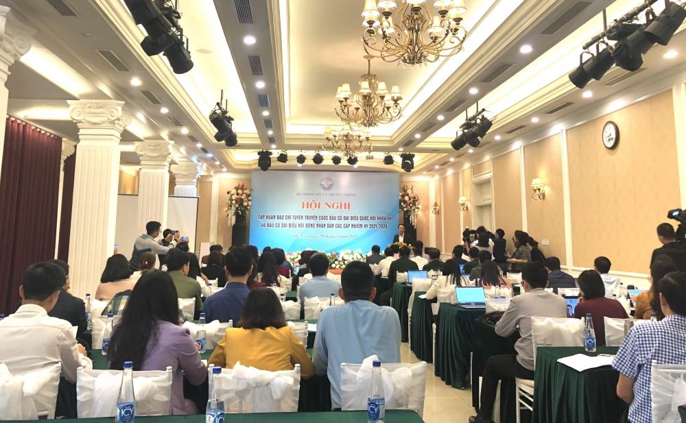 Gần 200 cán bộ, phóng viên tham gia tập huấn công tác tuyên truyền về bầu cử
