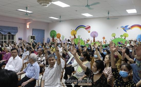 Cử tri nơi cư trú giới thiệu đồng chí Chu Ngọc Anh ứng cử đại biểu Hội đồng nhân dân Thành phố