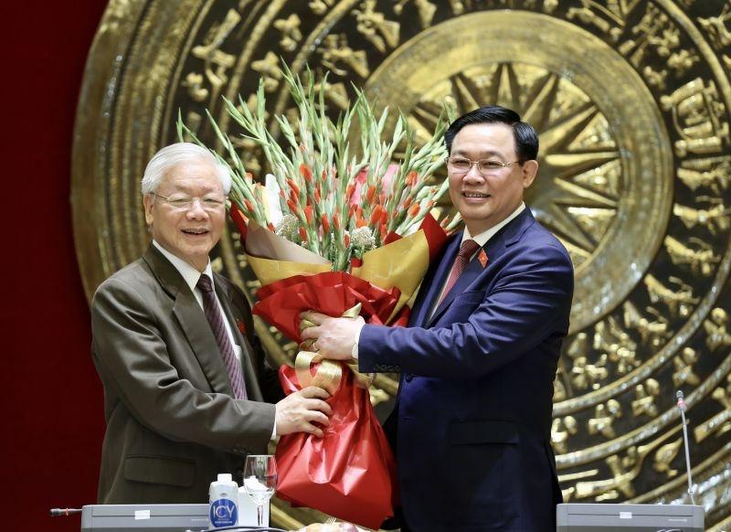 Đoàn đại biểu Quốc hội Hà Nội chúc mừng đồng chí Nguyễn Phú Trọng hoàn thành xuất sắc nhiệm vụ Chủ tịch nước  nhiệm kỳ 2016-2021