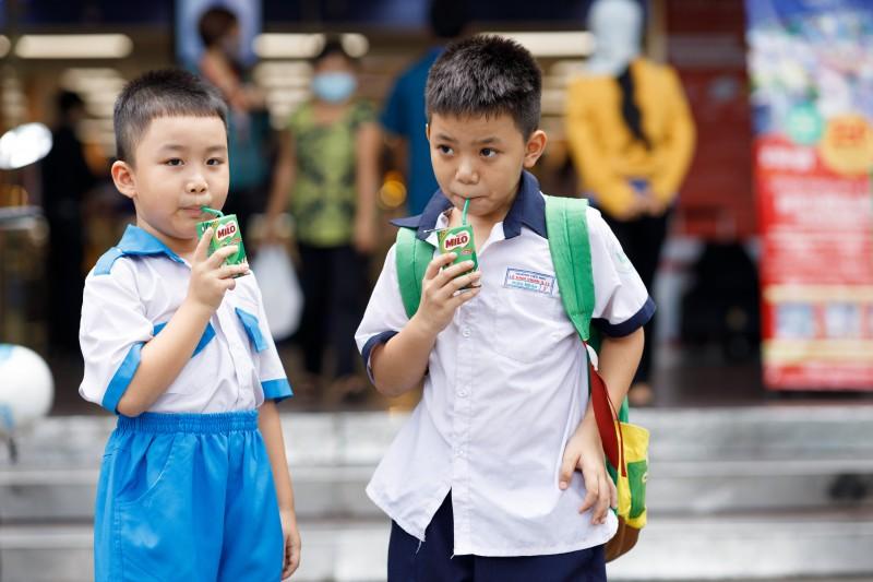 Hơn 2 triệu hộp Milo miễn phí tiếp năng lượng cho trẻ trở lại trường