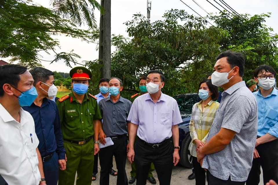 Lãnh đạo các cấp của thành phố Hà Nội không được rời địa bàn để tập trung chống dịch