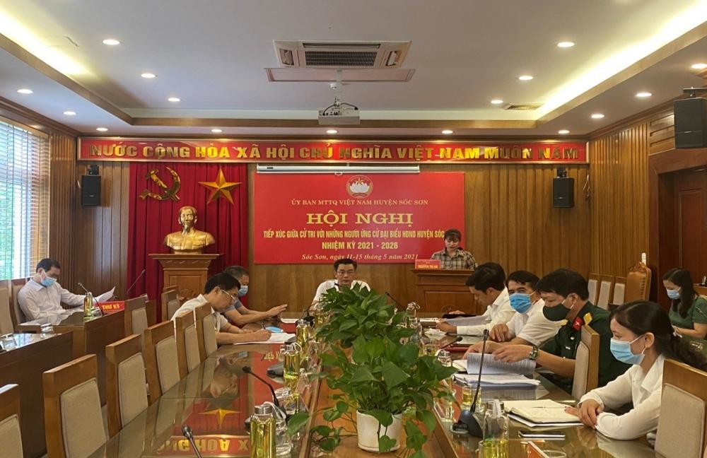 Ứng viên đại biểu Hội đồng nhân dân huyện Sóc Sơn tiếp xúc cử tri trực tuyến
