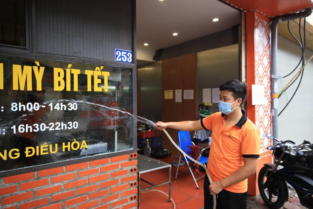 Trình xem xét gói hỗ trợ hơn 345 tỷ đồng cho người bị ảnh hưởng bởi dịch Covid-19 tại Hà Nội