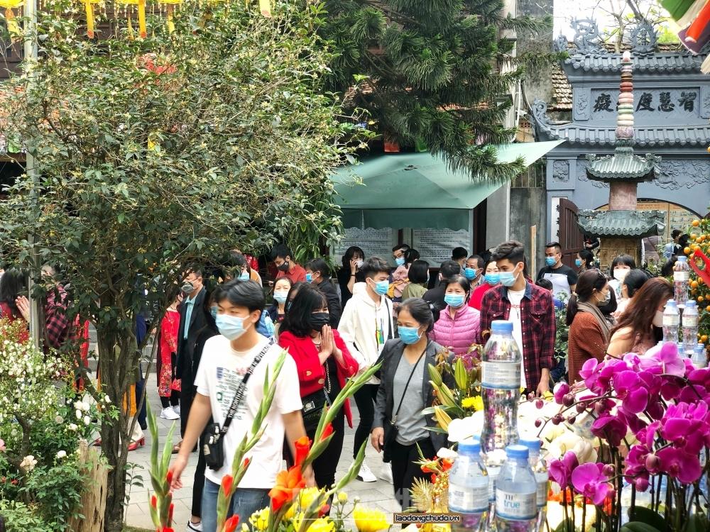 Hà Nội dừng tổ chức hoạt động tôn giáo, tín ngưỡng từ 0h ngày 29/5