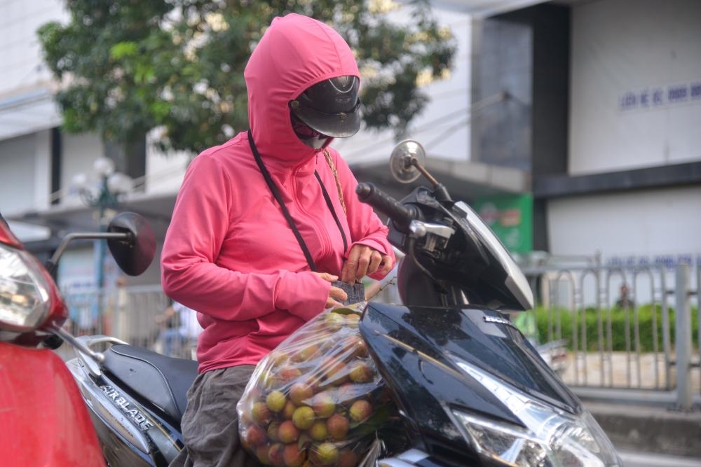 Người dân Hà Nội chung tay giải cứu nông sản Bắc Giang