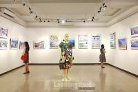 """Triển lãm ảnh đầu tiên về rác thải nhựa """"Hãy cứu biển"""" ở Hà Nội"""