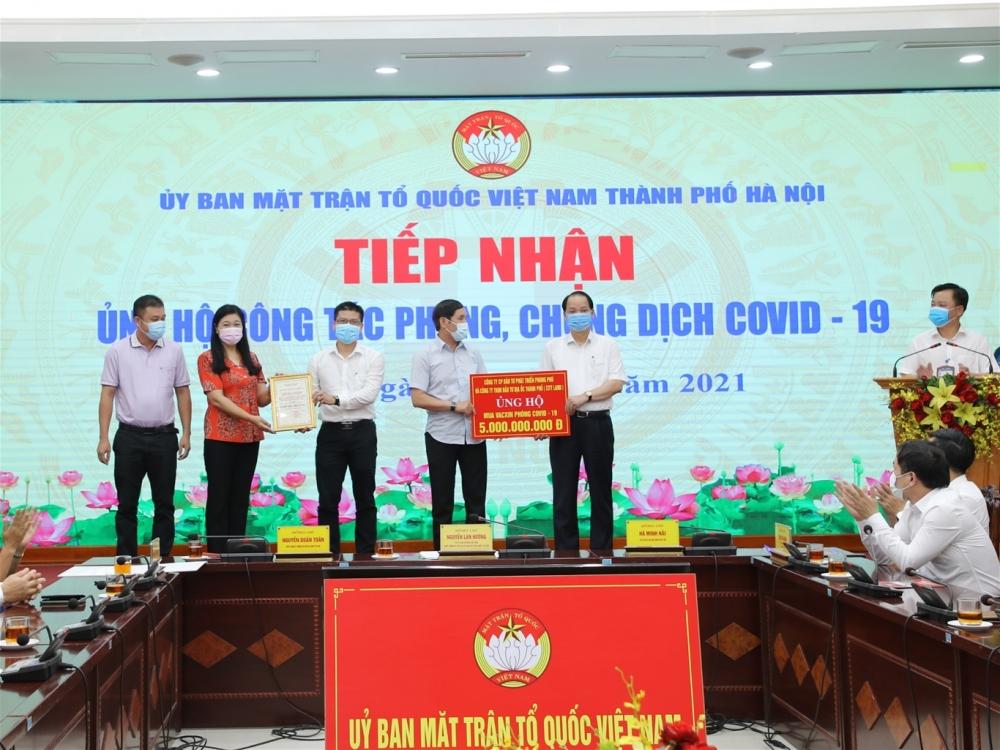 Hà Nội hưởng ứng 1.000 tỷ đồng mua vắc xin phòng Covid-19 cho Thành phố và ủng hộ Quỹ vắc xin 100 tỷ đồng
