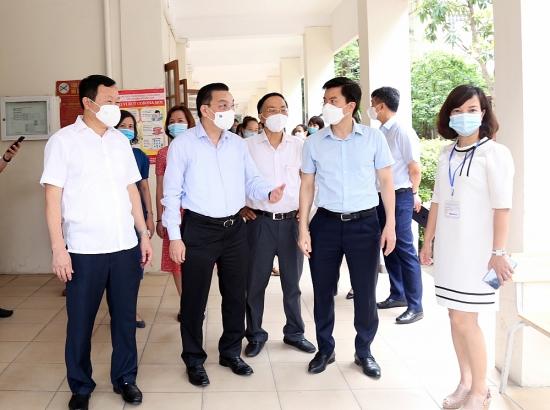 Chủ tịch Ủy ban nhân dân thành phố Hà Nội: Không được xem nhẹ công tác phòng, chống dịch tại các điểm thi
