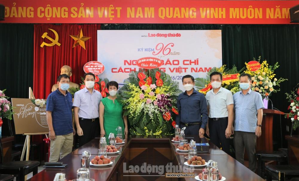 Chủ tịch Liên đoàn Lao động Thành phố chúc mừng báo Lao động Thủ đô nhân kỷ niệm Ngày Báo chí cách mạng Việt Nam