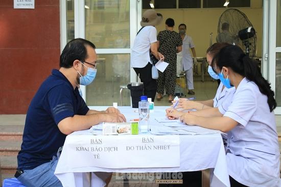 Chủ tịch Ủy ban nhân dân thành phố Hà Nội kêu gọi người dân thường xuyên khai báo y tế