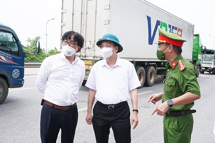 """Chủ tịch Ủy ban nhân dân thành phố Hà Nội Chu Ngọc Anh: Kiên quyết không để lãng phí """"thời gian vàng"""" giãn cách xã hội"""