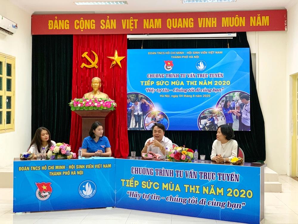 Thành đoàn Hà Nội tiếp sức sĩ tử mùa thi 2020