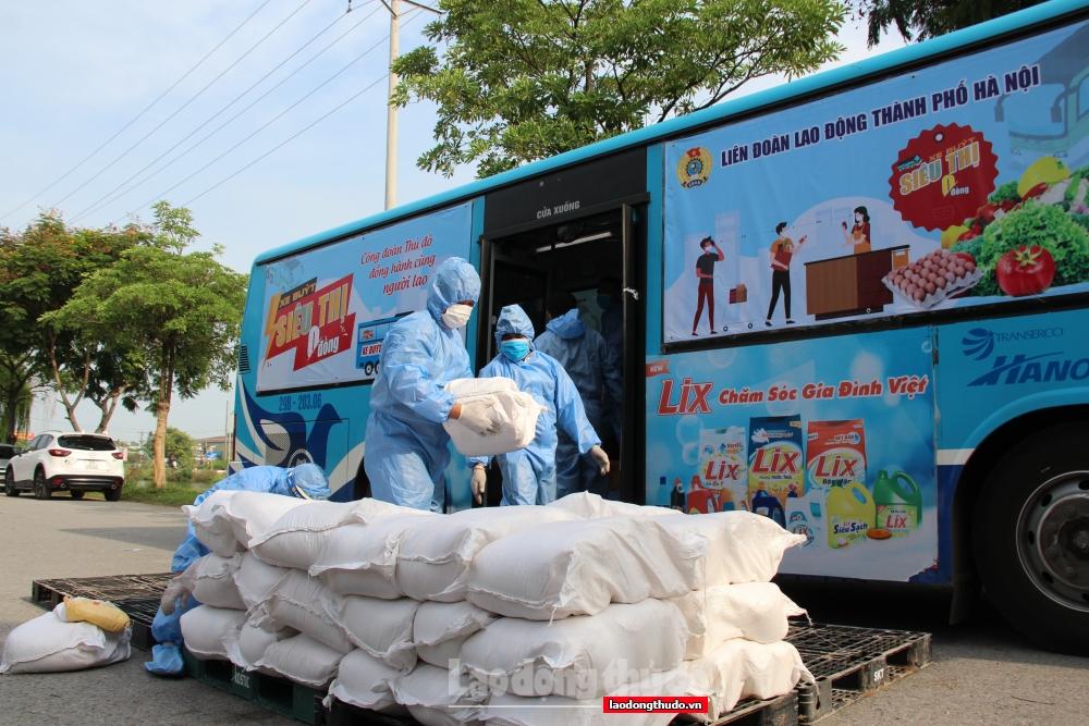 """""""Xe buýt siêu thị 0 đồng"""": Lan tỏa yêu thương tới 15.000 công nhân, viên chức, lao động Thủ đô"""