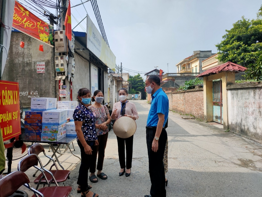 """LĐLĐ huyện Sóc Sơn: Những """"Chuyến xe siêu thị 0 đồng"""