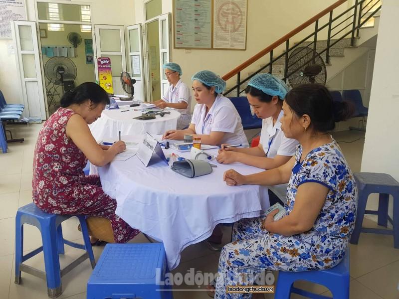 Hỗ trợ sàng lọc miễn phí sau sinh cho người dân ở gần Công ty Rạng Đông
