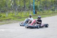 """Giới trẻ thích thú trải nghiệm đua """"xe F1 thu nhỏ"""" giữa lòng  Hà Nội"""