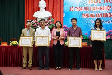 LĐLĐ huyện Thường Tín: Đẩy mạnh các phong trào thi đua