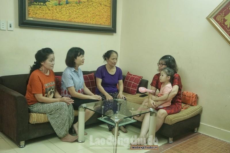 niem hanh phuc mang ten con gai mot be