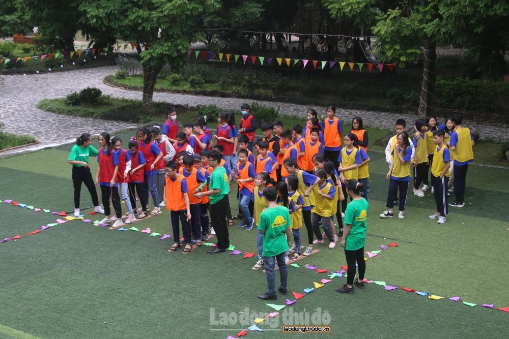 50 con thanh niên công nhân khu công nghiệp tham dự Trại hè kỹ năng