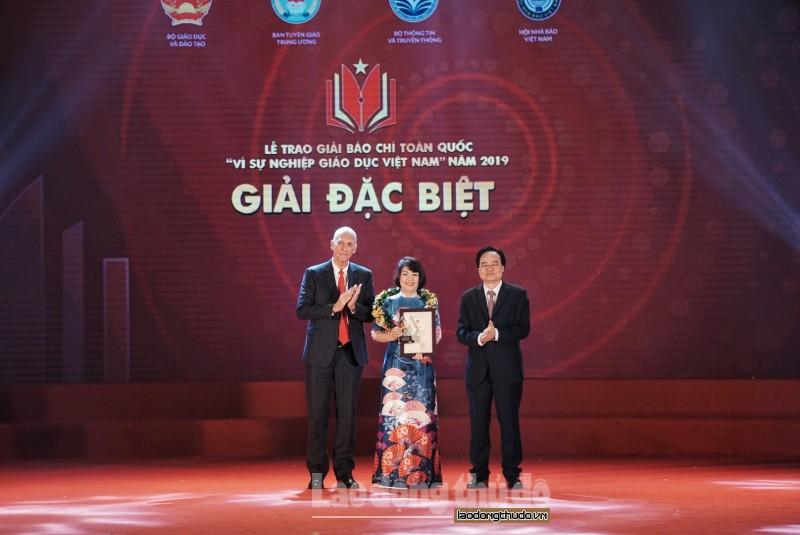 """Vinh danh 44 tác phẩm báo chí đạt giải """"Vì sự nghiệp Giáo dục Việt Nam"""" năm 2019"""