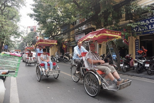 Hơn 2,5 triệu lượt khách đến Hà Nội trong tháng 11
