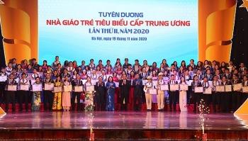 """99 thầy cô được tuyên dương """"Nhà giáo trẻ tiêu biểu"""" cấp Trung ương năm 2020"""