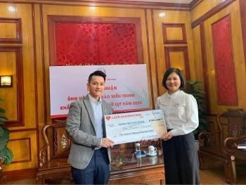 Lee's Sandwiches ủng hộ 100.000 USD hướng về miền Trung