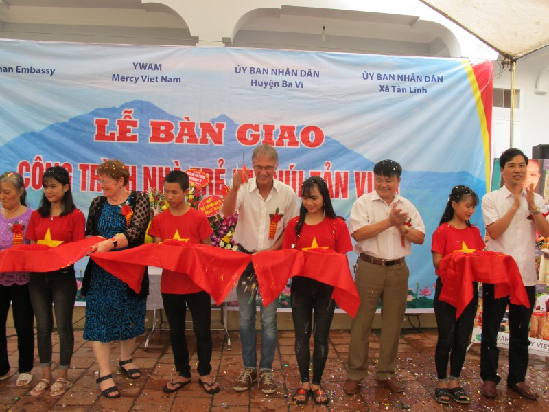 Đại sứ quán Đức hỗ trợ nâng cấp Nhà trẻ em ở huyện Ba Vì