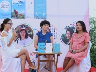 """""""Ngày Sách Phụ nữ 2017"""" tại Phố Sách Hà Nội"""