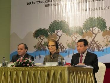 Hỗ trợ cộng đồng ven biển Việt Nam ứng phó với biến đổi khí hậu