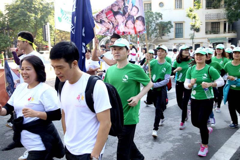 Chạy vì trẻ em Hà Nội 2016