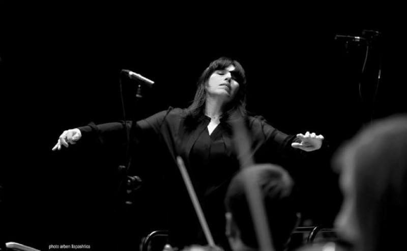 """Nữ nhạc trưởng Pháp chỉ huy trình diễn giao hưởng thơ """"Mầm sống"""""""