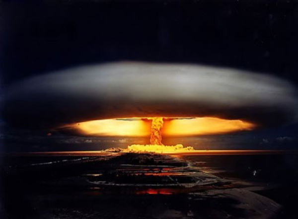 Kinh hoàng trước sức huỷ diệt kinh hoàng của bom H