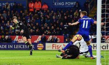 Premier League: Chelsea, Arsenal đua nhau thắng tưng bừng