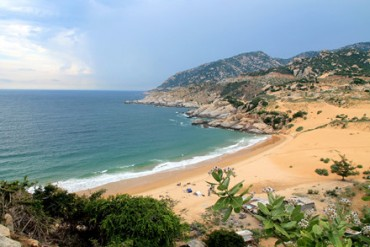 Bãi Tràng - điểm du xuân biển lý tưởng ở Ninh Thuận