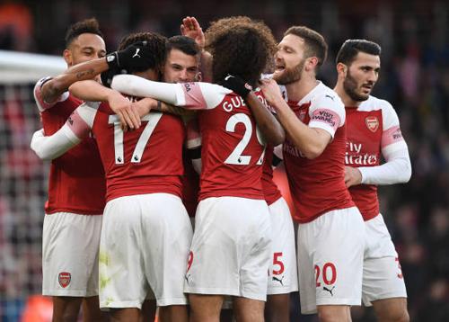 Arsenal 4-1 Fulham: 'Pháo' lại nổ vang