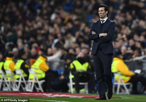 Real Madrid 0-2 Sociedad: Thảm họa ở Bernabeu