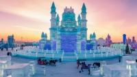 Choáng ngợp lâu đài băng đẹp khó cưỡng trong lễ hội băng Trung Quốc