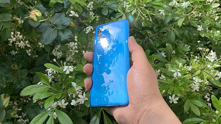 6 mẫu điện thoại đáng chú ý trong tháng 1/2020