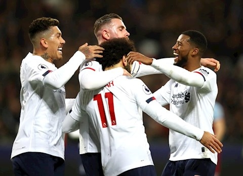 West Ham 0-2 Liverpool: Củng cố ngôi đầu