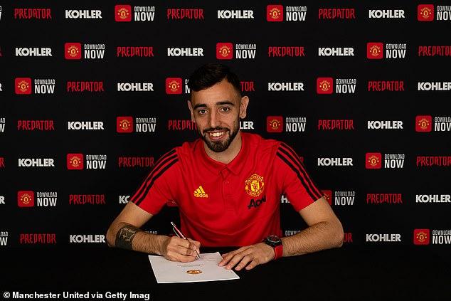"""Man Utd chính thức ký hợp đồng với """"bom tấn"""" Bruno Fernandes"""