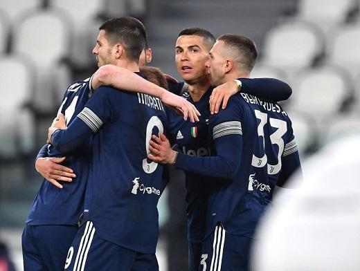 Juventus 3-1 Sassuolo: CR7 lập công,