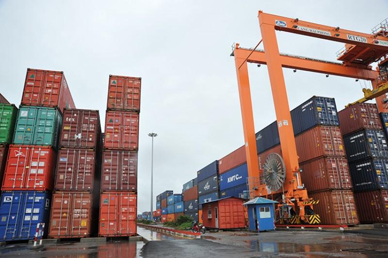 Phát triển dịch vụ logistics