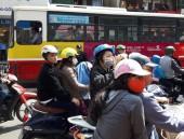 Đội mũ bảo hiểm chỉ để tránh công an?