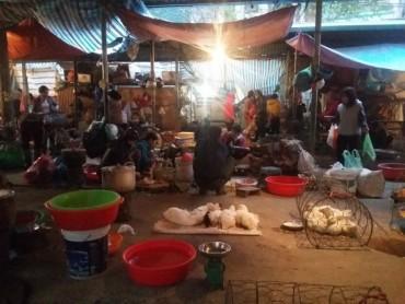 Các chợ dân sinh vẫn thờ ơ trước nguy cơ dịch cúm A/H7N9:
