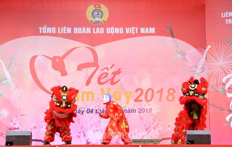am ap tet sum vay 2018 cua cong nhan lao dong