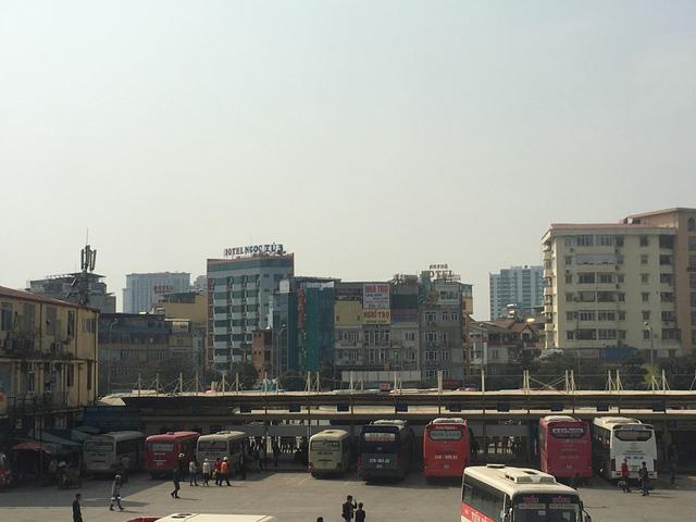 Công bố 11 số điện thoại 'nóng' nhận phản ánh giao thông dịp Tết