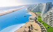Ngoạn mục bể bơi lớn nhất thế giới ở Chile